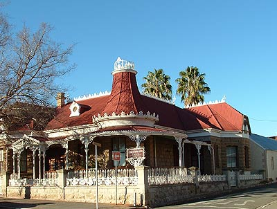 Le Roux Town House